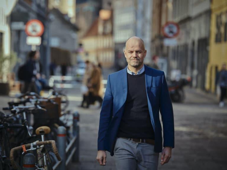 Jon Gunnar Aasen, daglig leder i Computas Danmark, går i Københavns gater