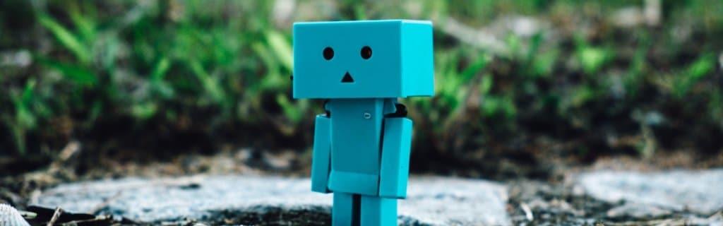 Small play robot