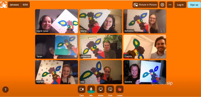 mennesker viser maleri på webkamera